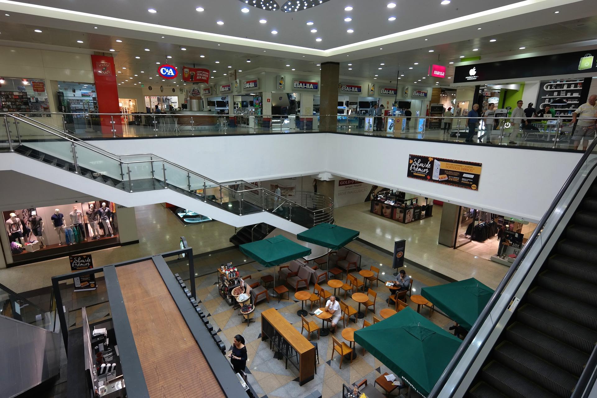 starbucks-inside-a-mall